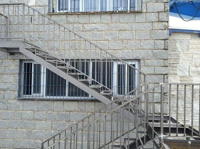 Escalera de dos tramos