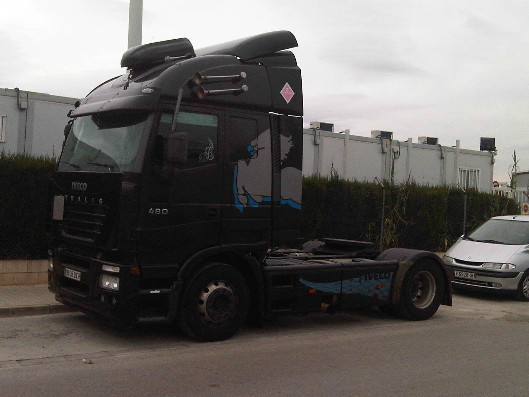 Tractora Semitransport
