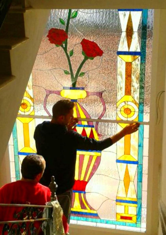 Diseños creativos de vidrieras en Alcalá de Guadaira, Sevilla
