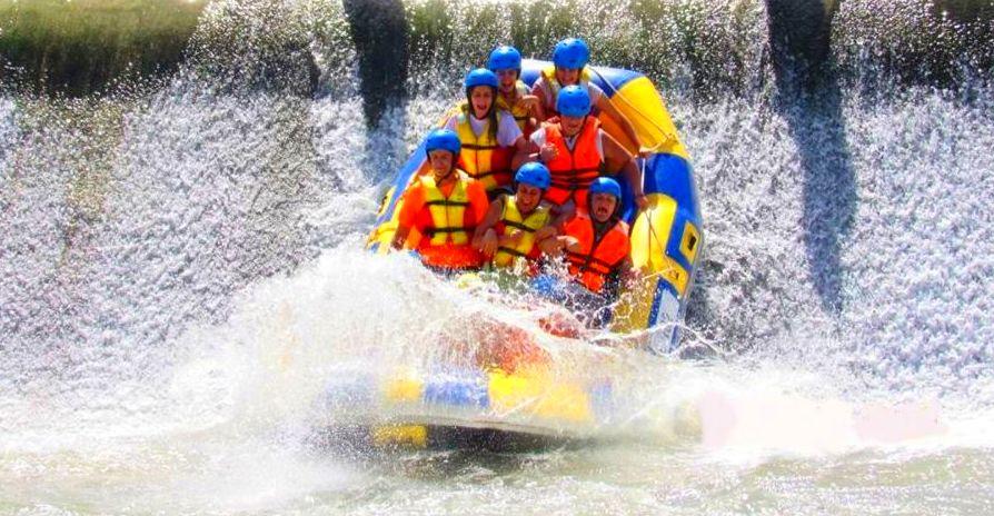 Rafting: Actividades de Descensos Blanca
