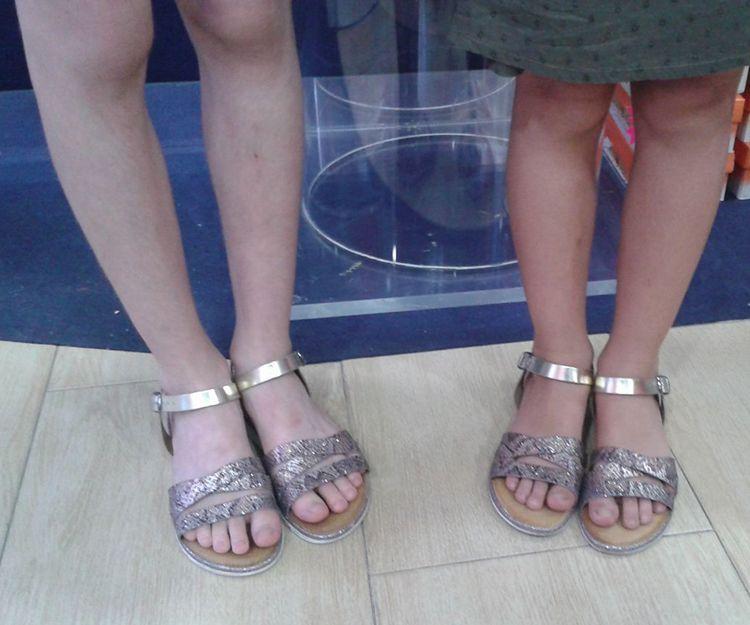 Zapatillas con tiras en Sevilla