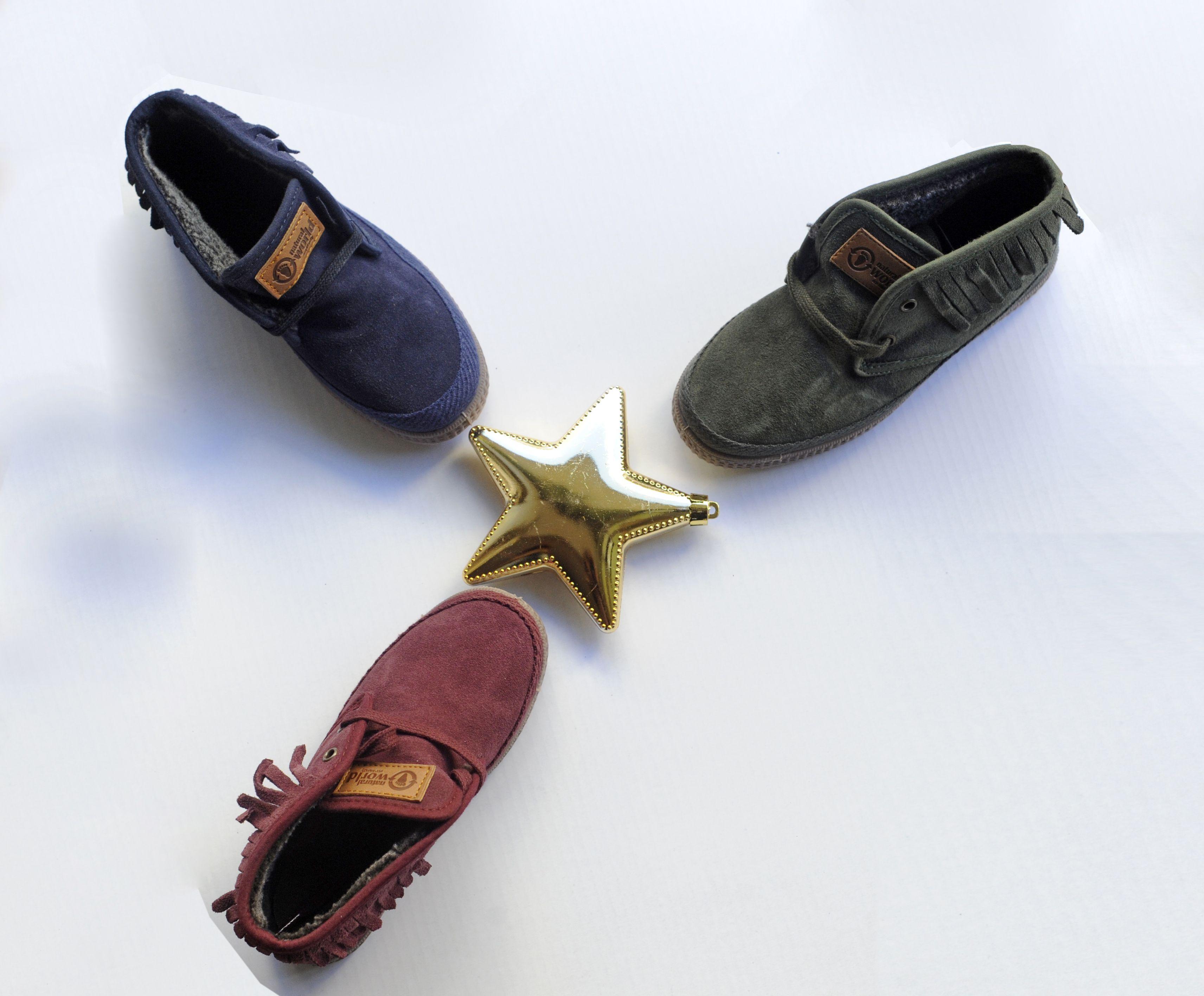 Calzado infantil con diseños diferentes