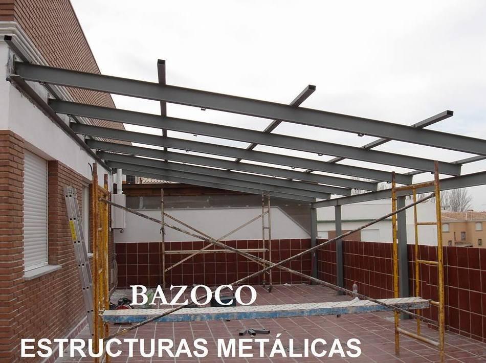 Estructuras métalicas: Productos y Servicios de Puertas Metálicas Bazoco