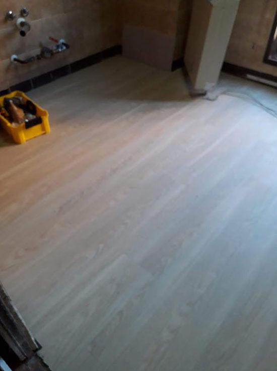tarima vinilica para suelo de cocina