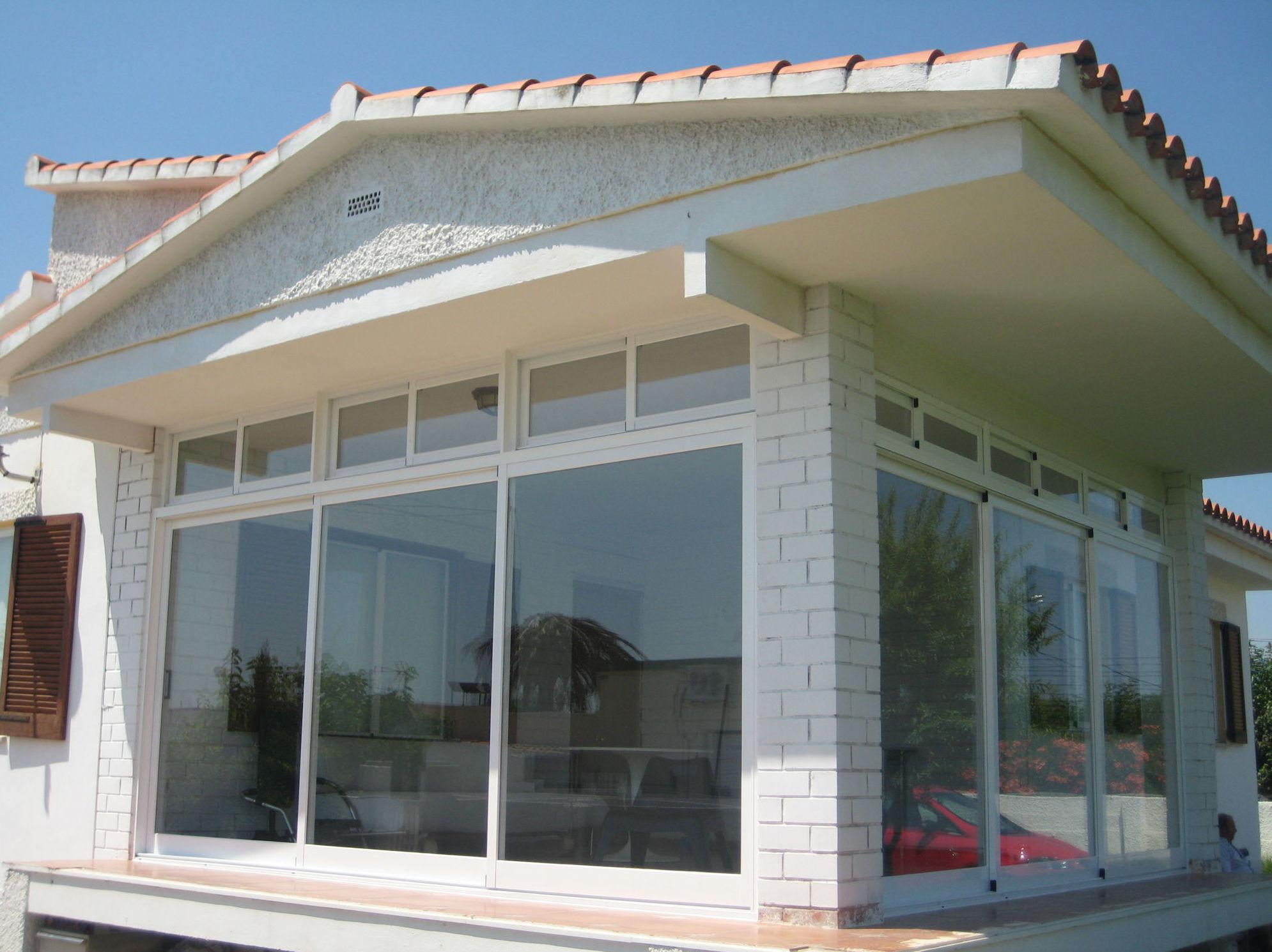 Foto 3 de Carpintería de aluminio en El Grao de Castellón | Carpintería de Aluminio Peña