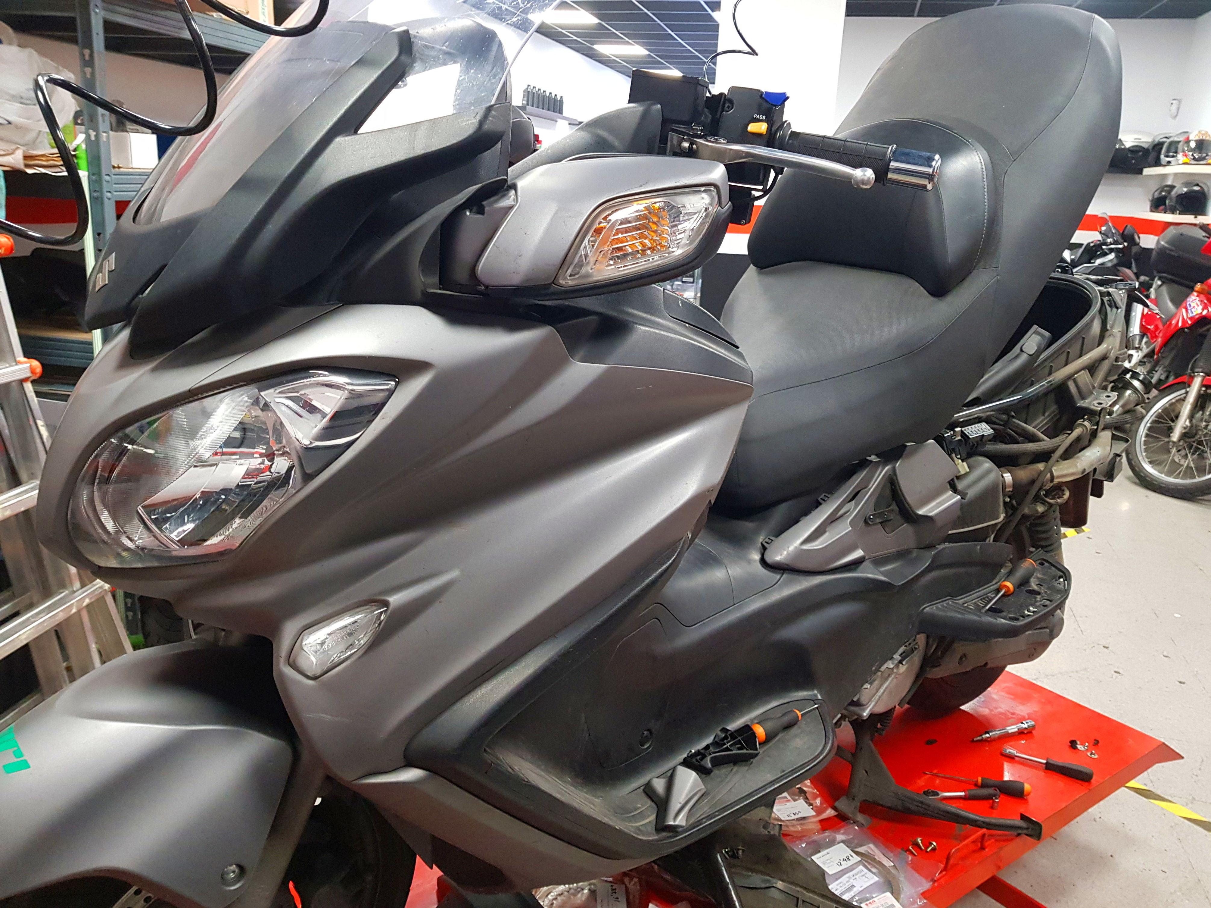 Foto 15 de Taller de motos multimarca en Mataró   Motos Iluro
