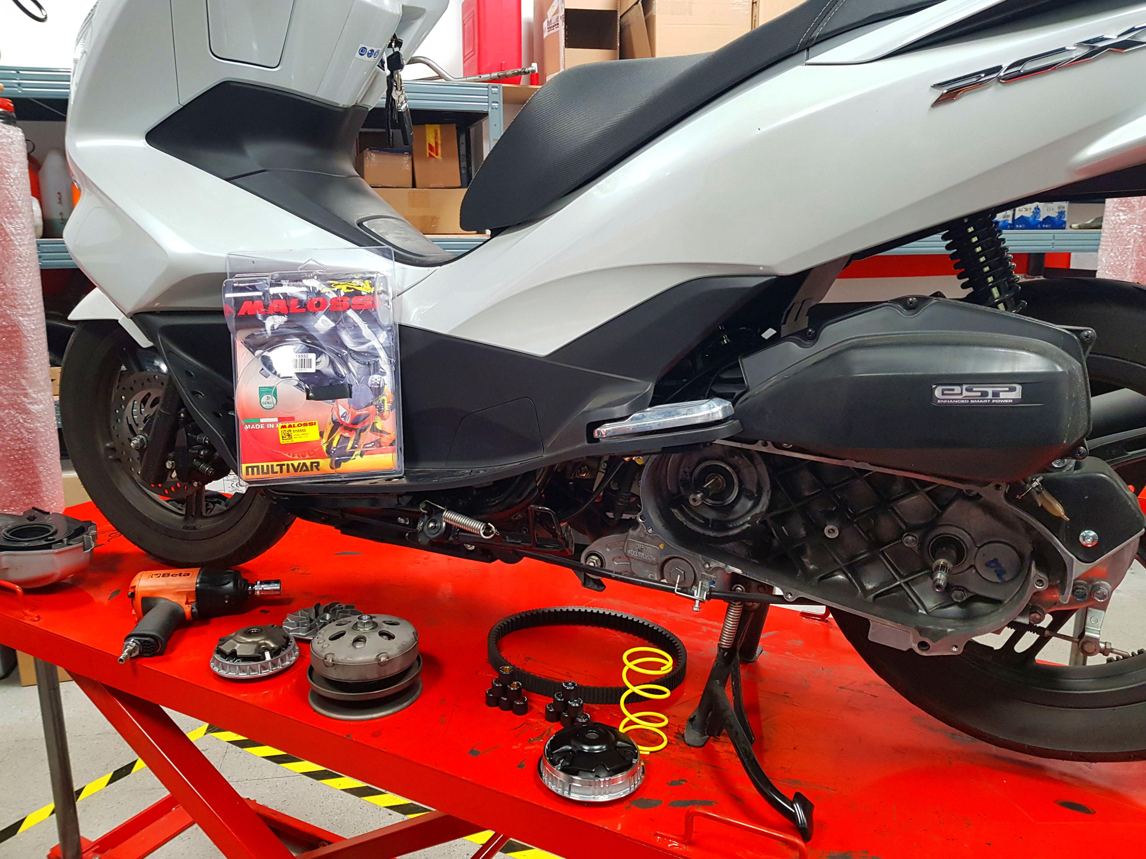 Foto 17 de Taller de motos multimarca en  | Motos Iluro