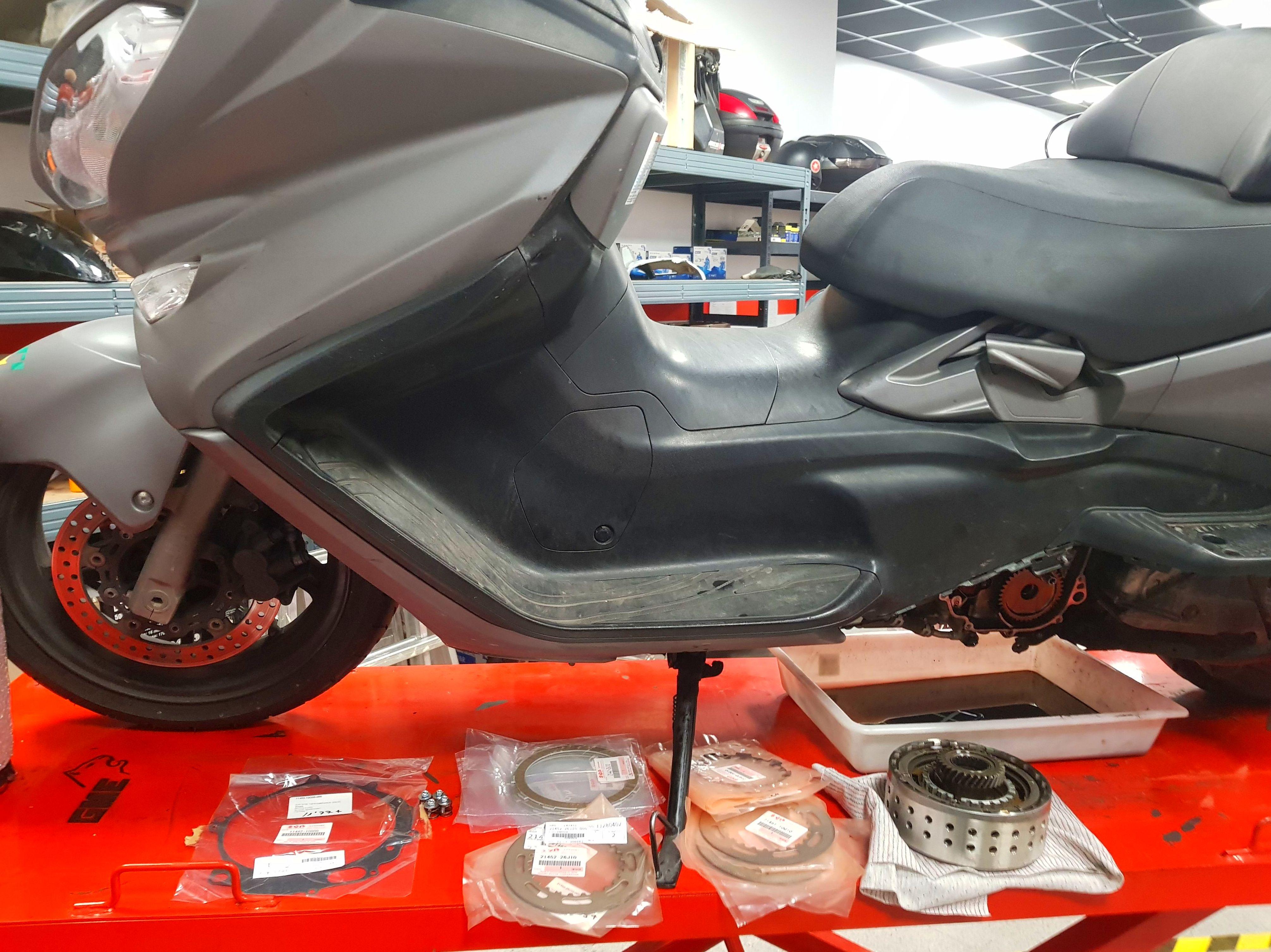 Foto 13 de Taller de motos multimarca en Mataró   Motos Iluro