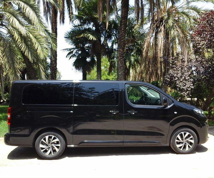 Alquiler minibuses 9 plazas: OFERTAS de Abirent