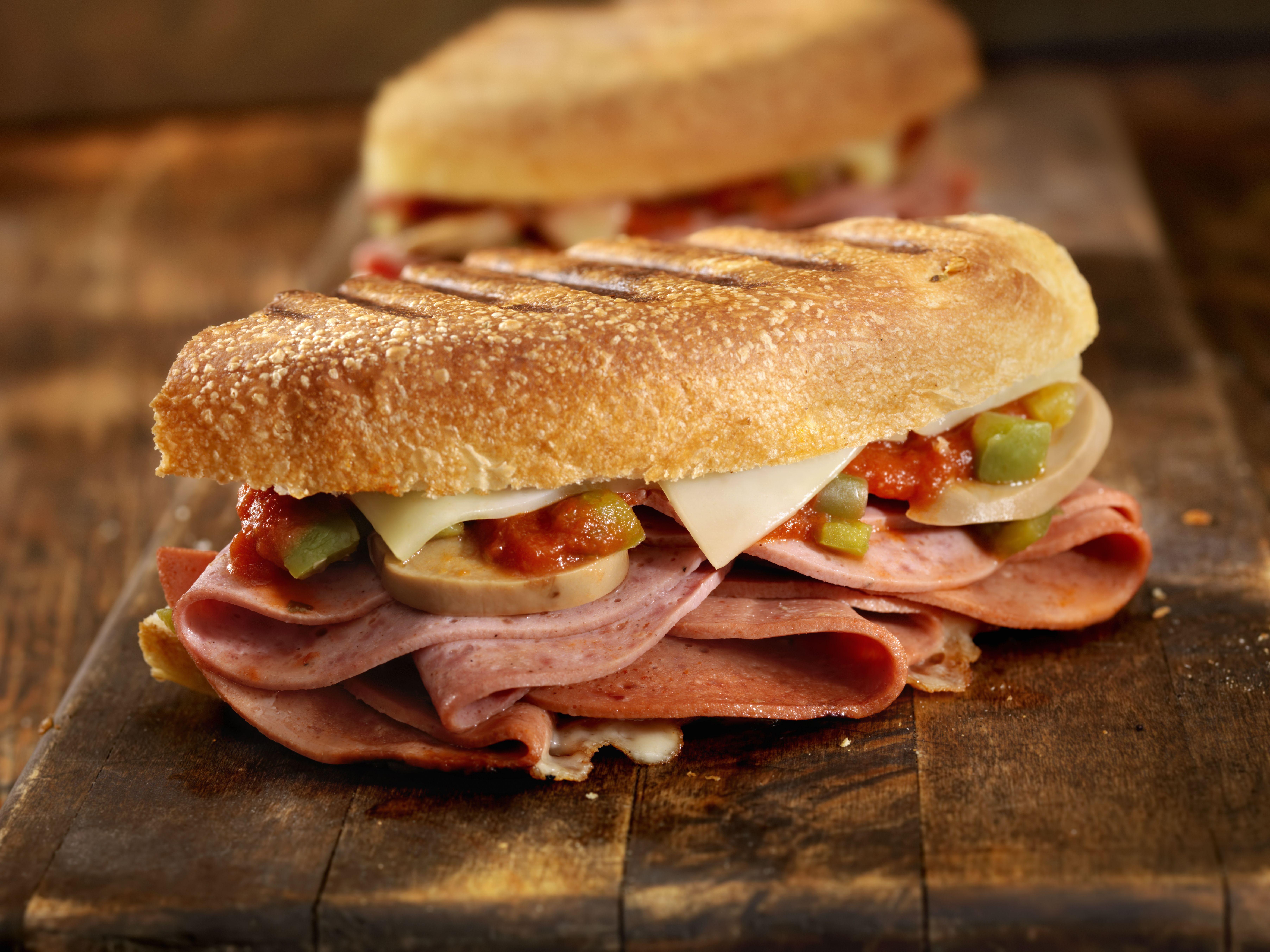 Perritos, sándwiches y hamburguesas en Oropesa del Mar