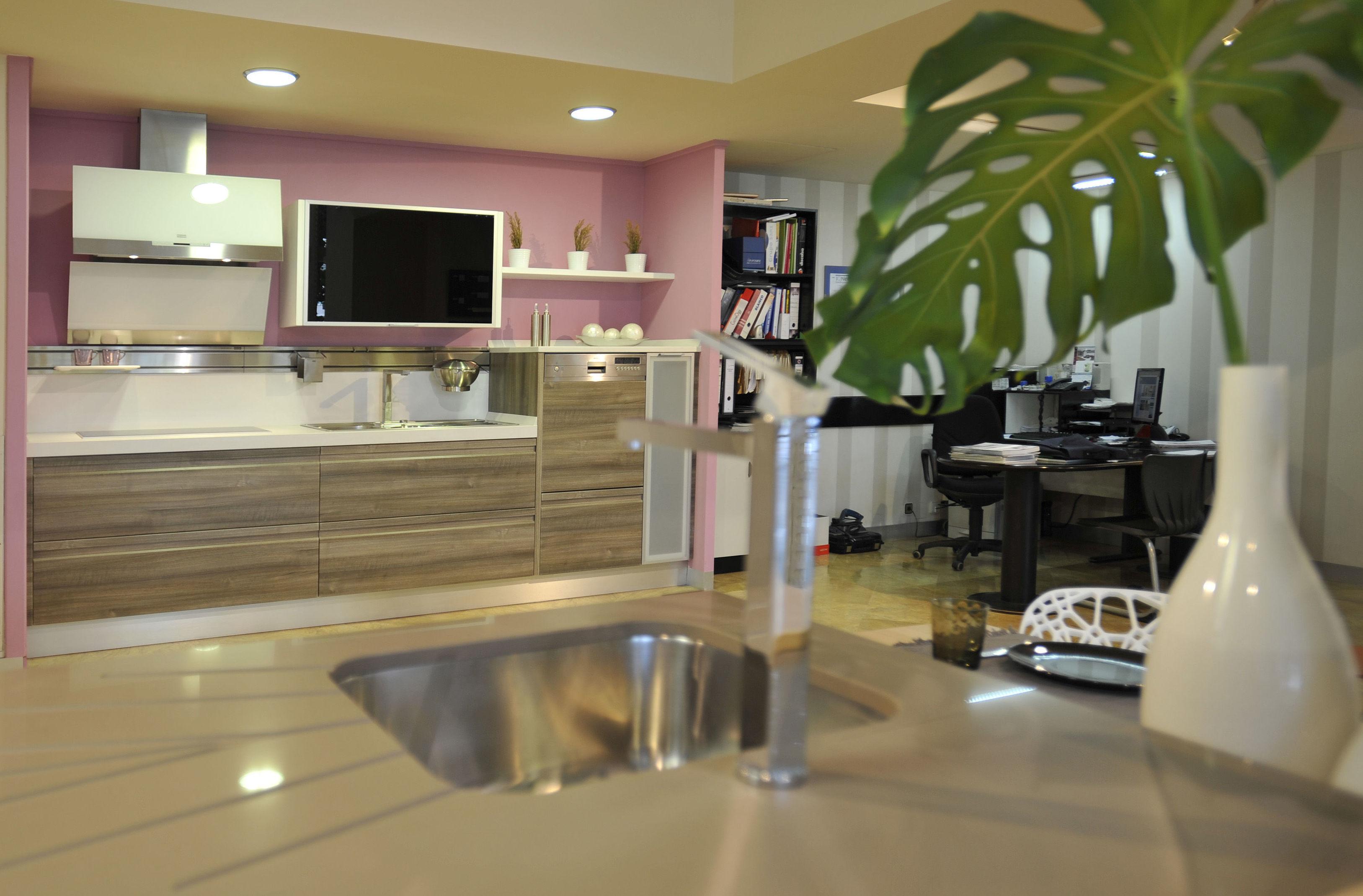 Foto 10 de Muebles de baño y cocina en Burgos | Ferroplas