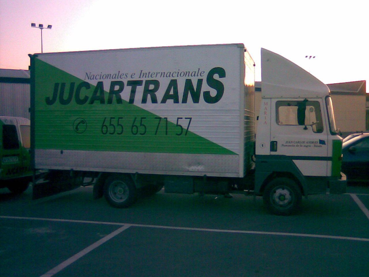 Foto 3 de Transporte por carretera en Yuncos | JUCARTS DISTRIBUCION Y LOGISTICA 2002 S.L