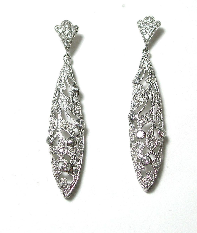 Pendientes de dos cuerpos de oro blanco con brillantes. Modernos: Catálogo de Antigua Joyeros