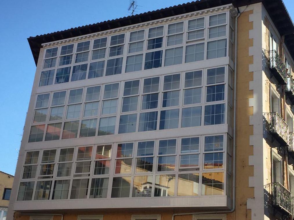 Foto 6 de Carpintería de aluminio, metálica y PVC en Burgos | Aluminios Rilova
