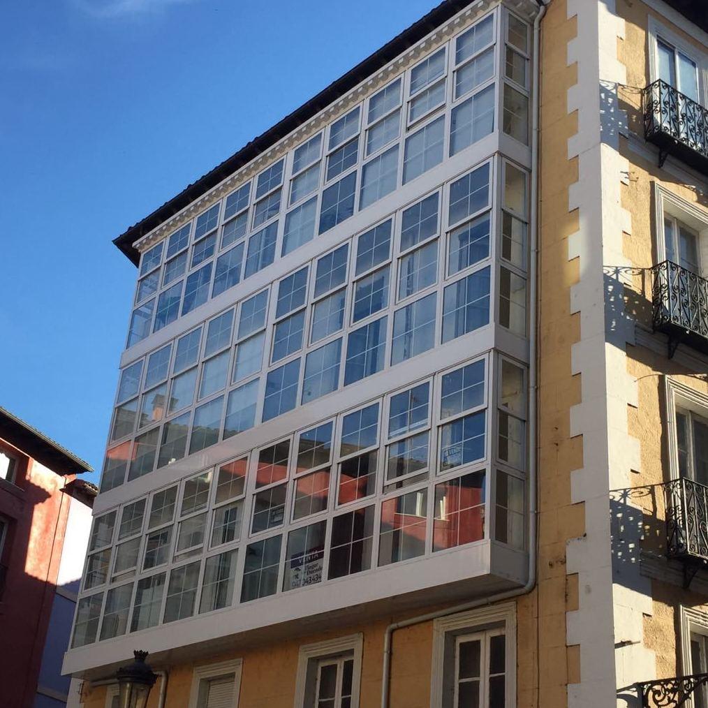 Foto 5 de Aluminioa, metala eta PVC arotzeria en Burgos | Aluminios Rilova