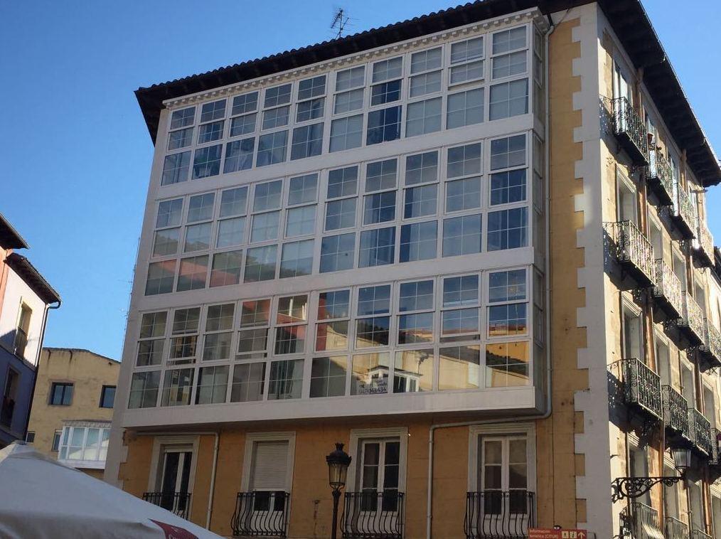 Foto 7 de Carpintería de aluminio, metálica y PVC en Burgos | Aluminios Rilova