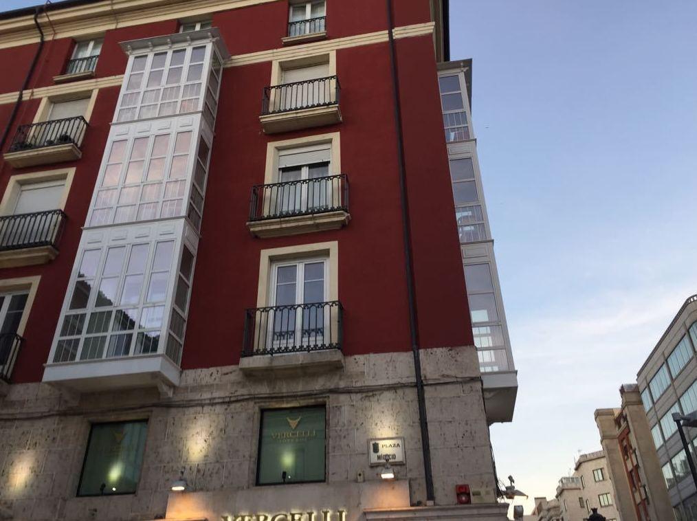 Foto 10 de Aluminioa, metala eta PVC arotzeria en Burgos | Aluminios Rilova