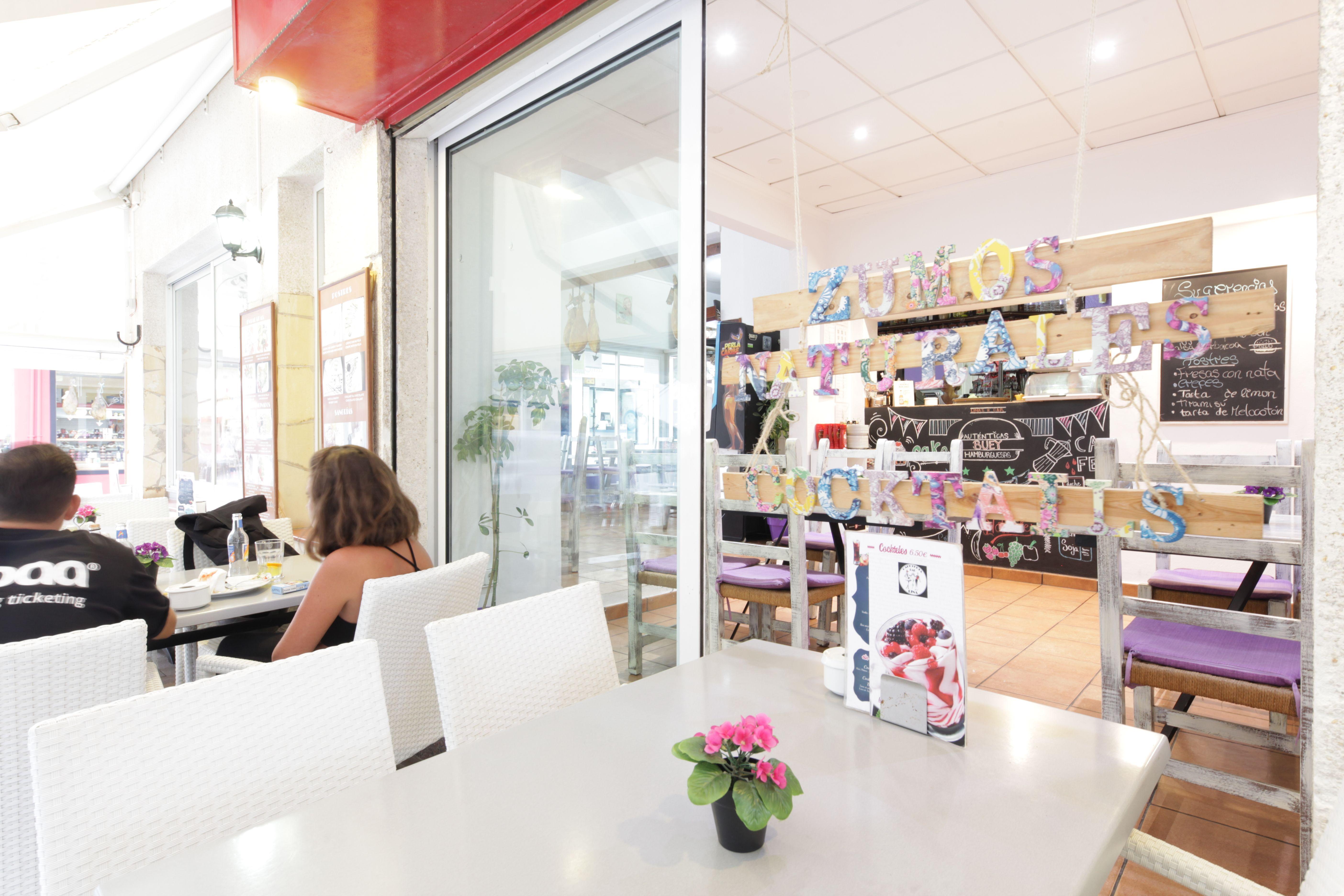 Comida y ambiente de calidad Hamburguesería Lina