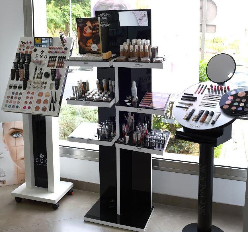 Foto 11 de Peluquería y estética (distribución) en Huelva | Díaz Rosa Professional Beauty