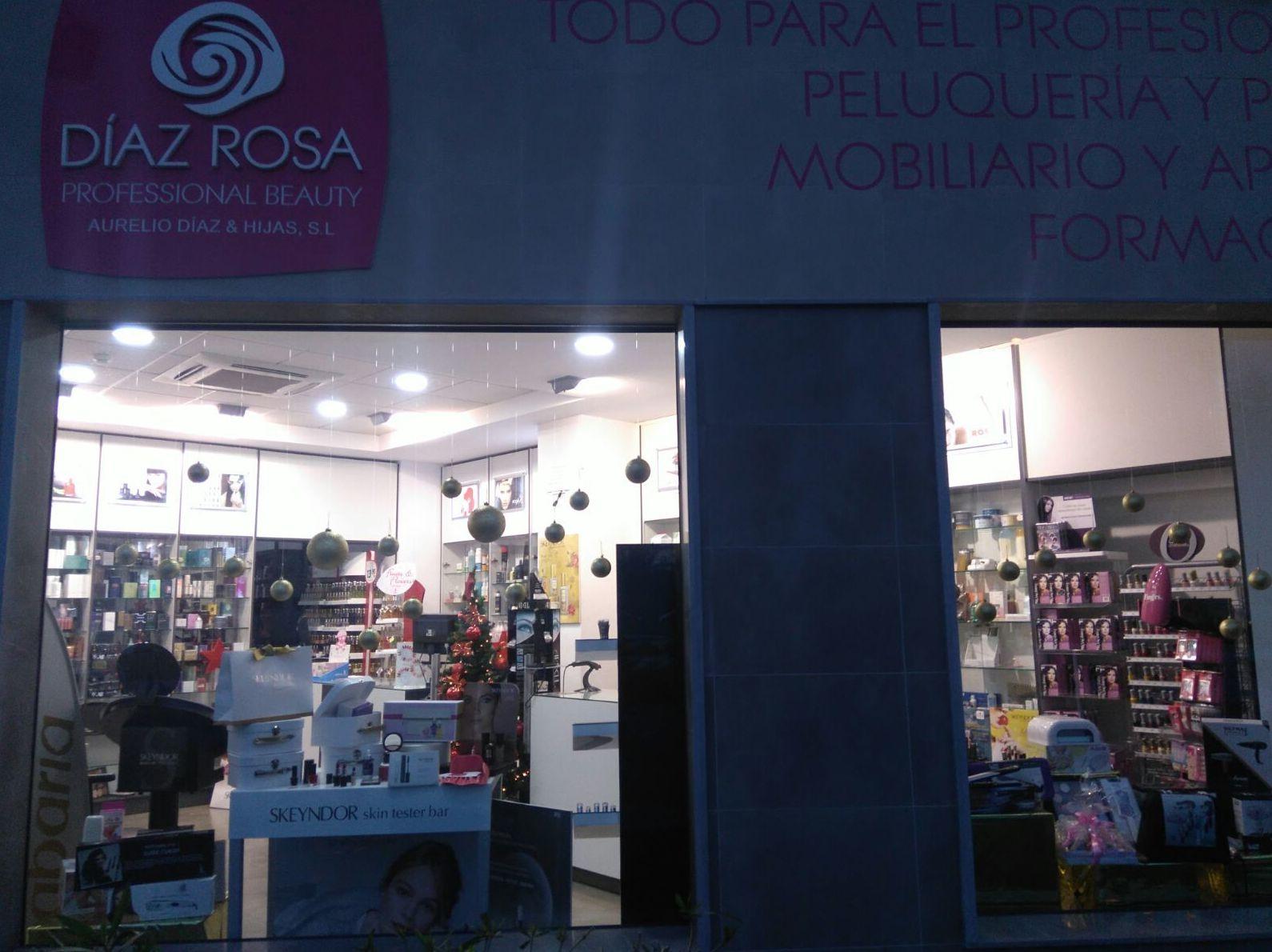 Foto 2 de Peluquería y estética (distribución) en Huelva | Díaz Rosa Professional Beauty