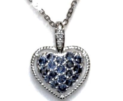 Colgante Corazon Zafiros y Diamante en Oro Blanco 18 kts