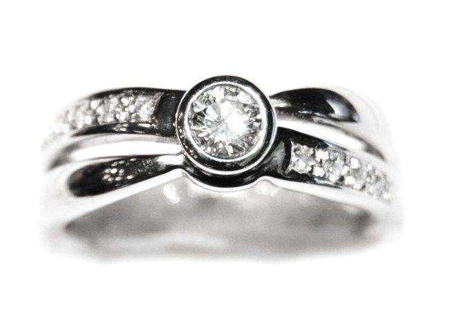 Anillo Compromiso Oro Blanco Diamantes