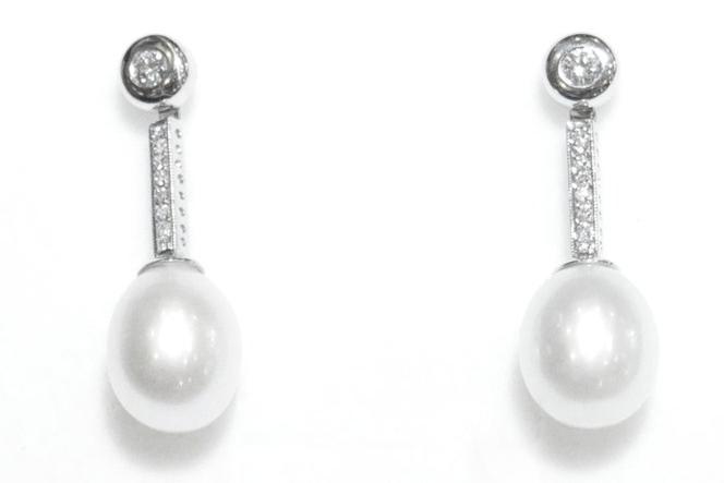 Pendientes Novia Diamantes y Perla Oro Blanco 18K