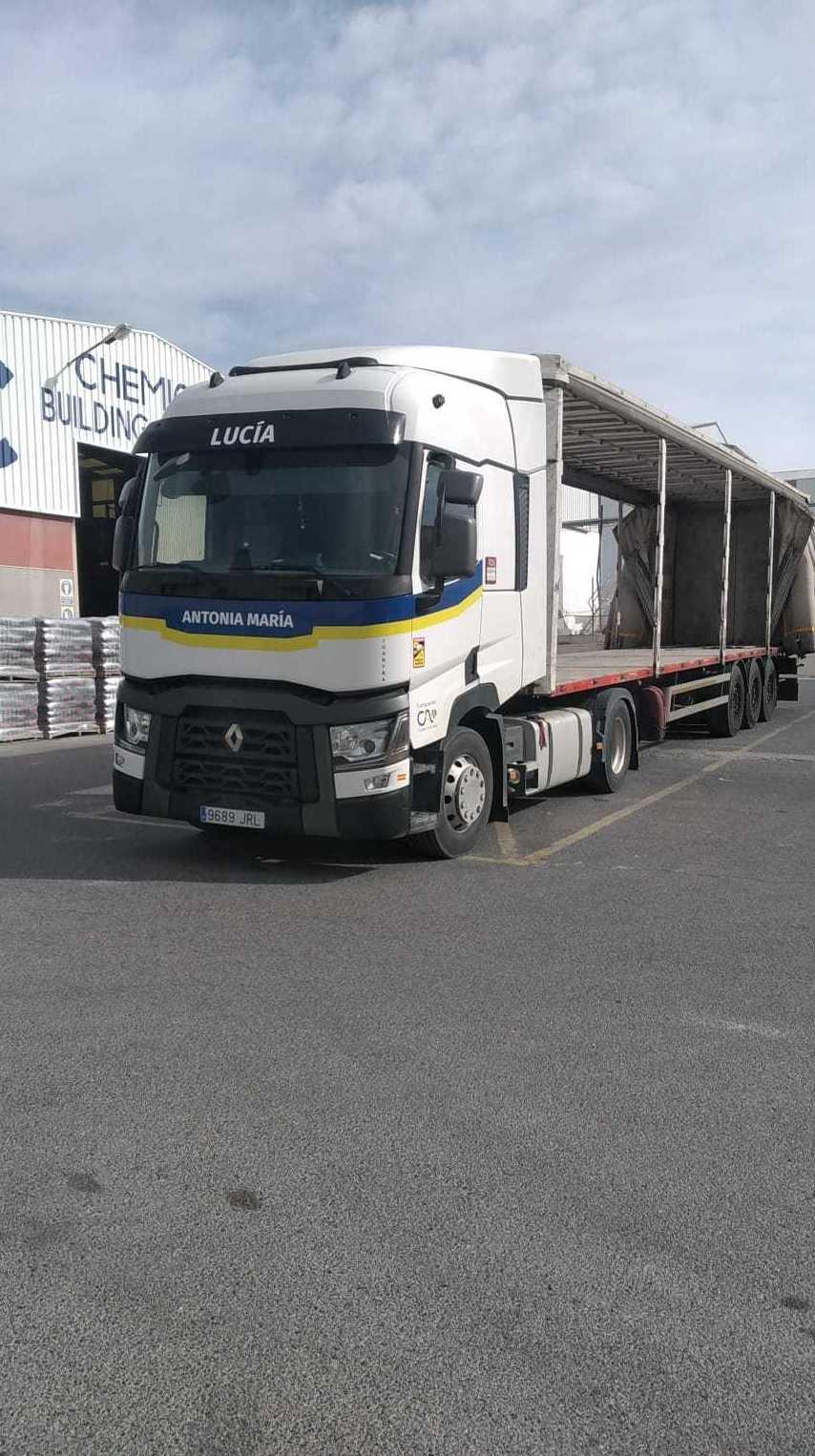 Foto 1 de Cemento en  | Transportes Ciudad de Alhama