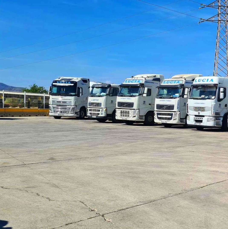 Foto 6 de Cemento en  | Transportes Ciudad de Alhama