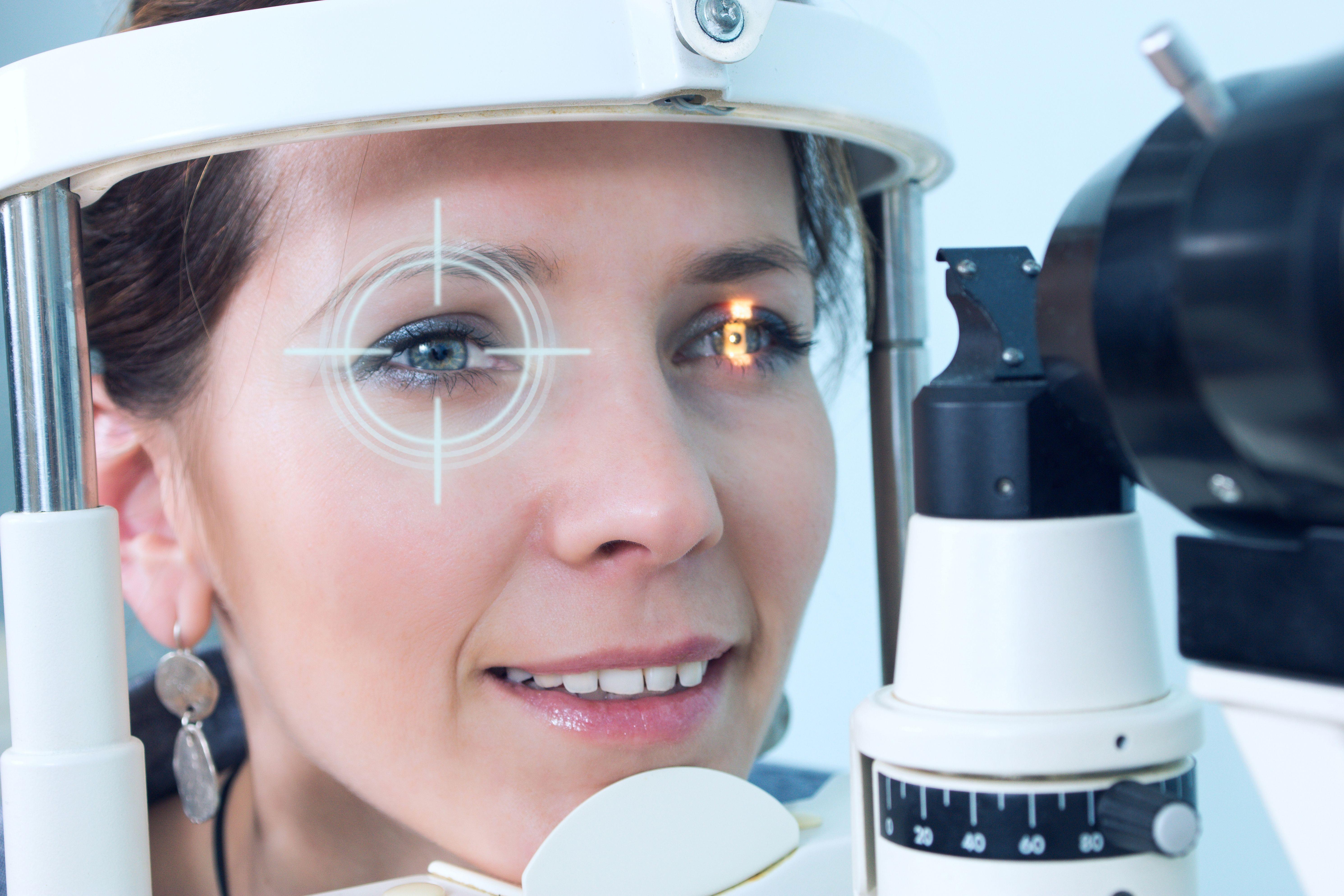 Graduación de gafas: Servicios de Óptica Príncipe