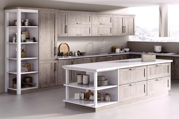 Cocina con muebles de madera en Altea