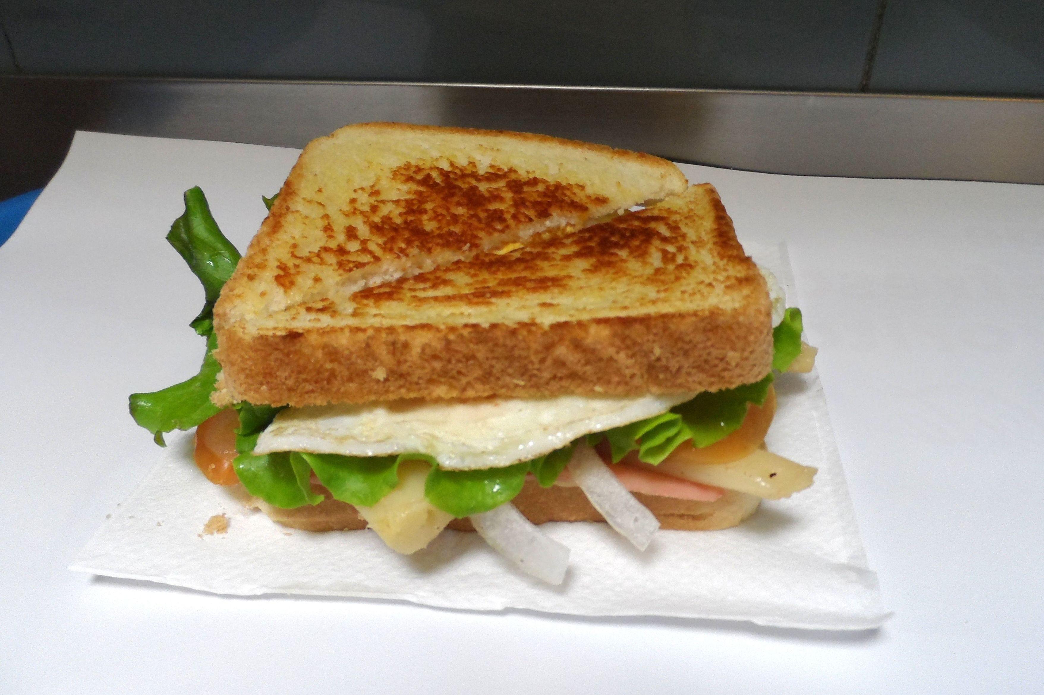 Sándwiches con ingredientes de calidad en O Grove