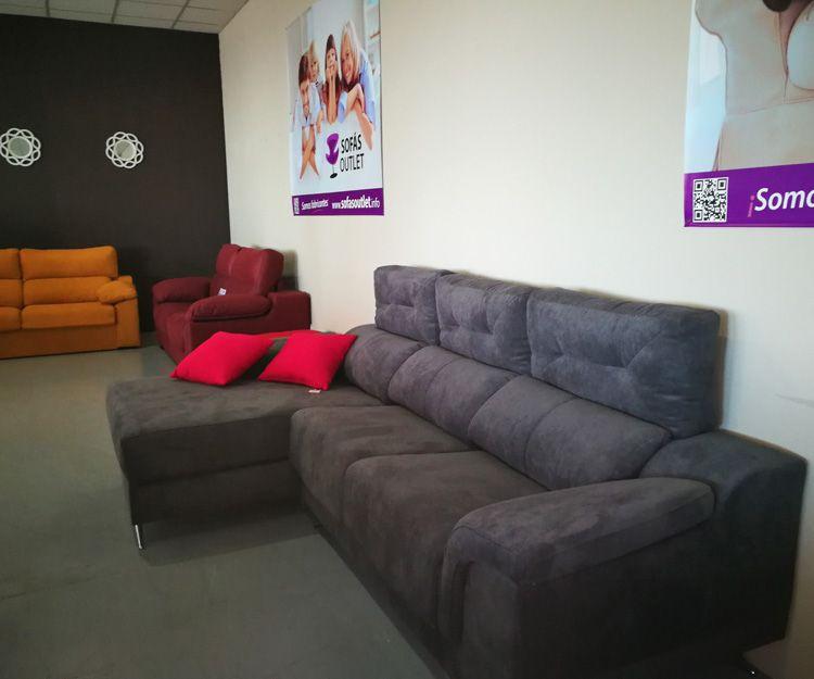 Interior de nuestra tienda de chaise longue en Valencia