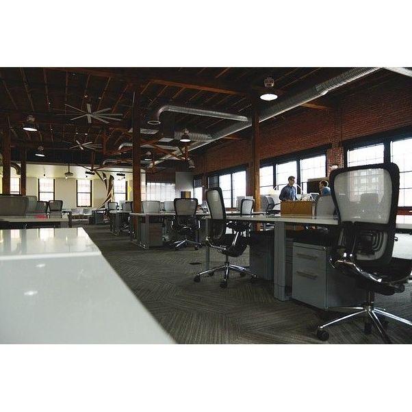 Limpieza de oficinas: Mantenimiento y limpieza   de Lisclean
