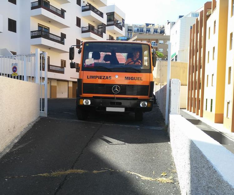 Camión de desatascos en Tenerife