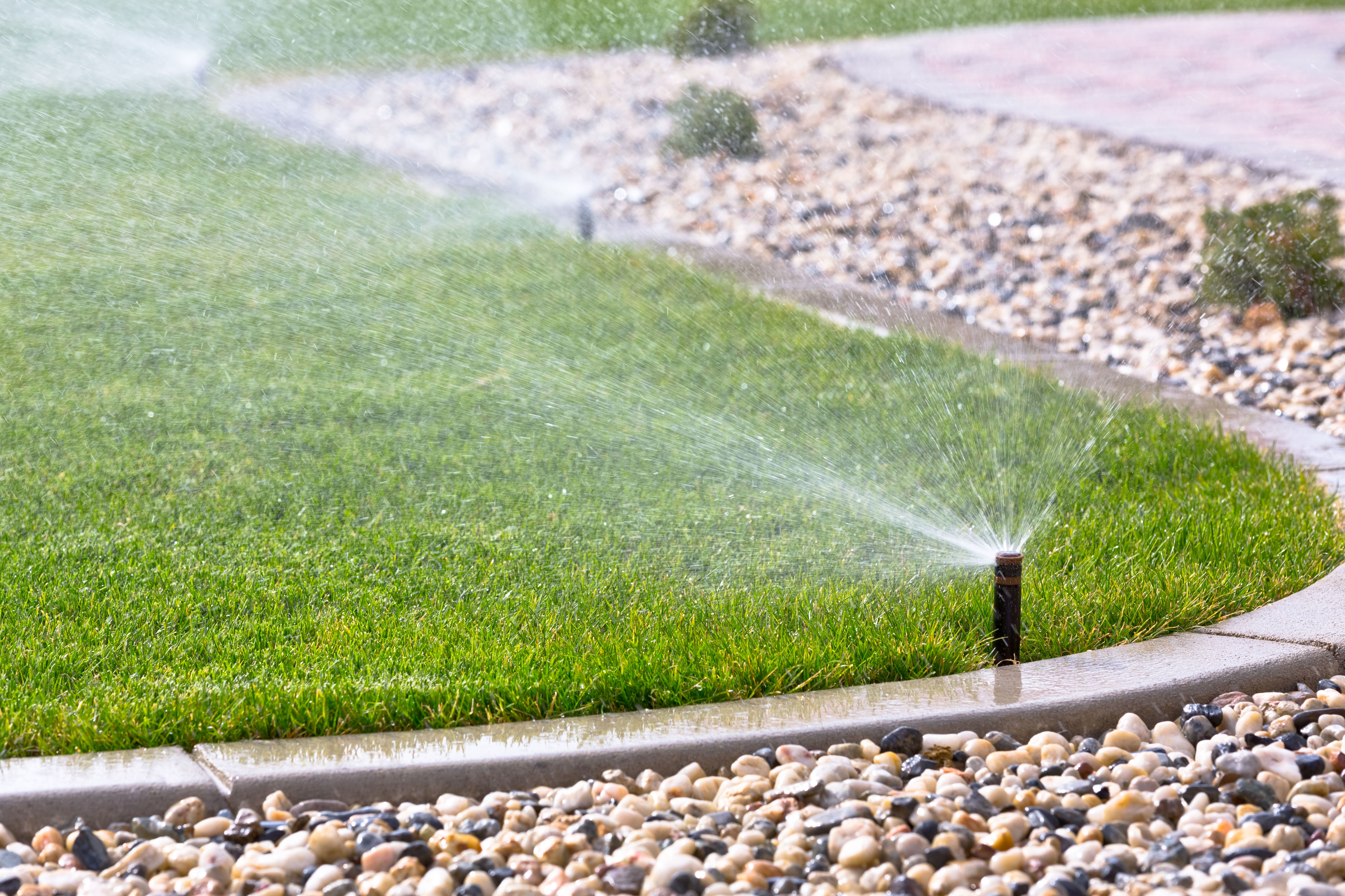 Riegos automáticos : Servicios  de Jardinería Algarrada