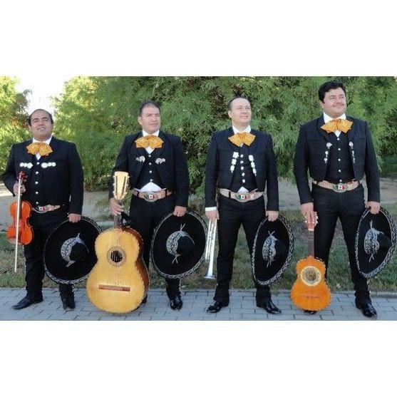 Nuestros músicos mariachis: Fiestas de Mariachi Mezcal