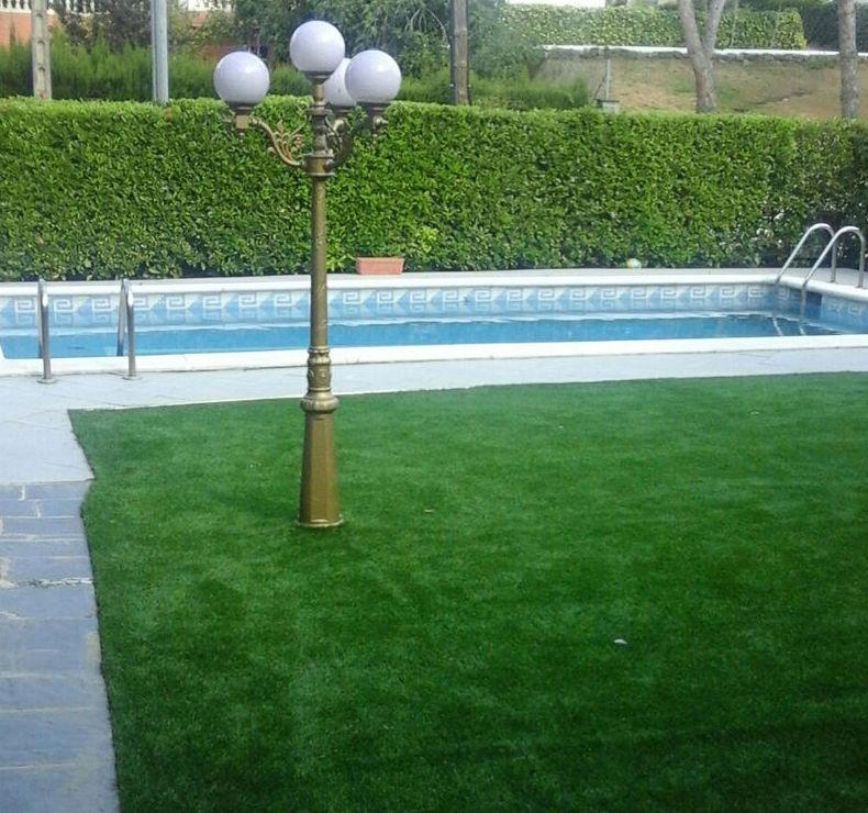 Césped artificial para jardines en Barcelona