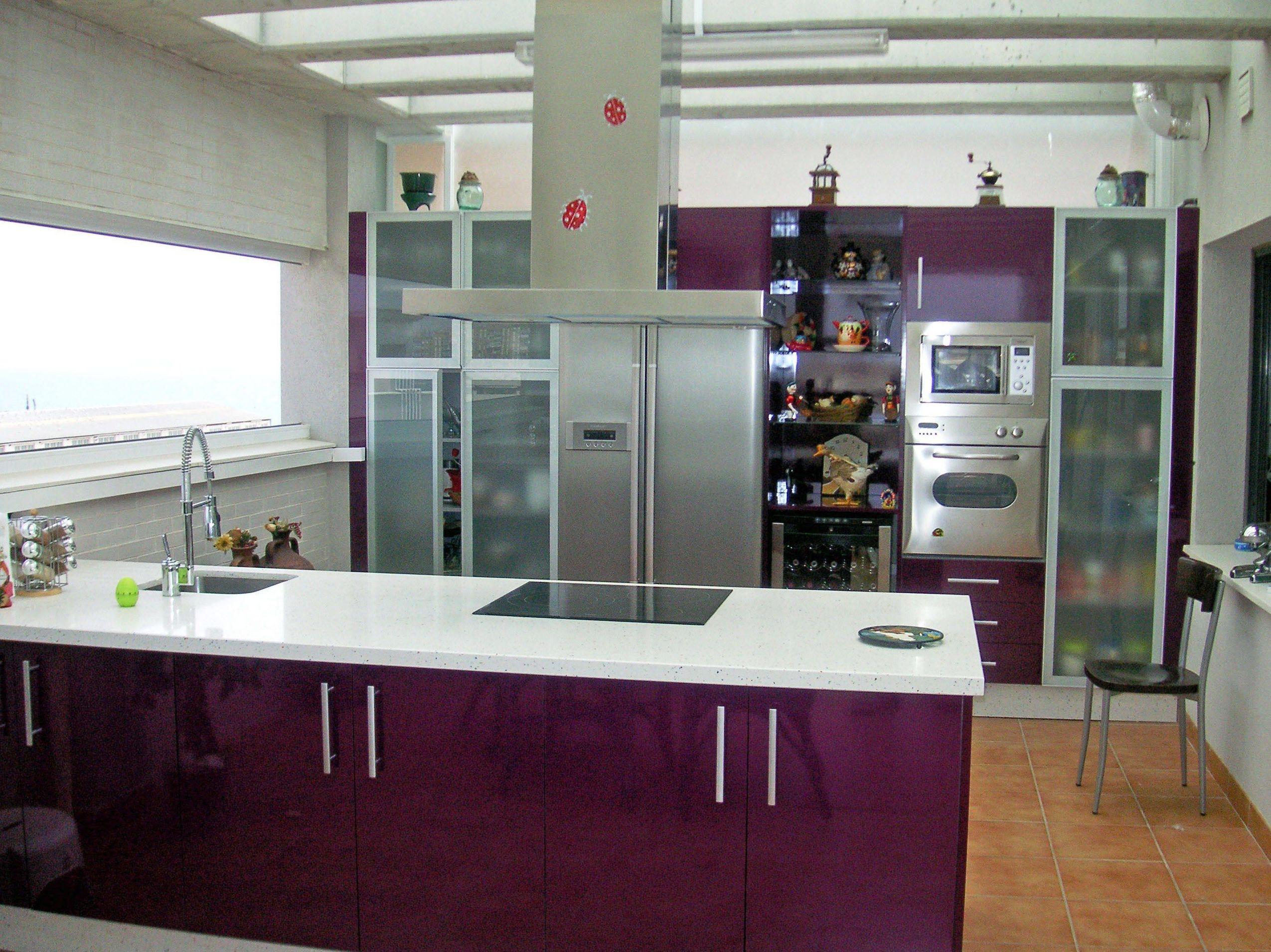 Diseño e instalación de muebles de cocina