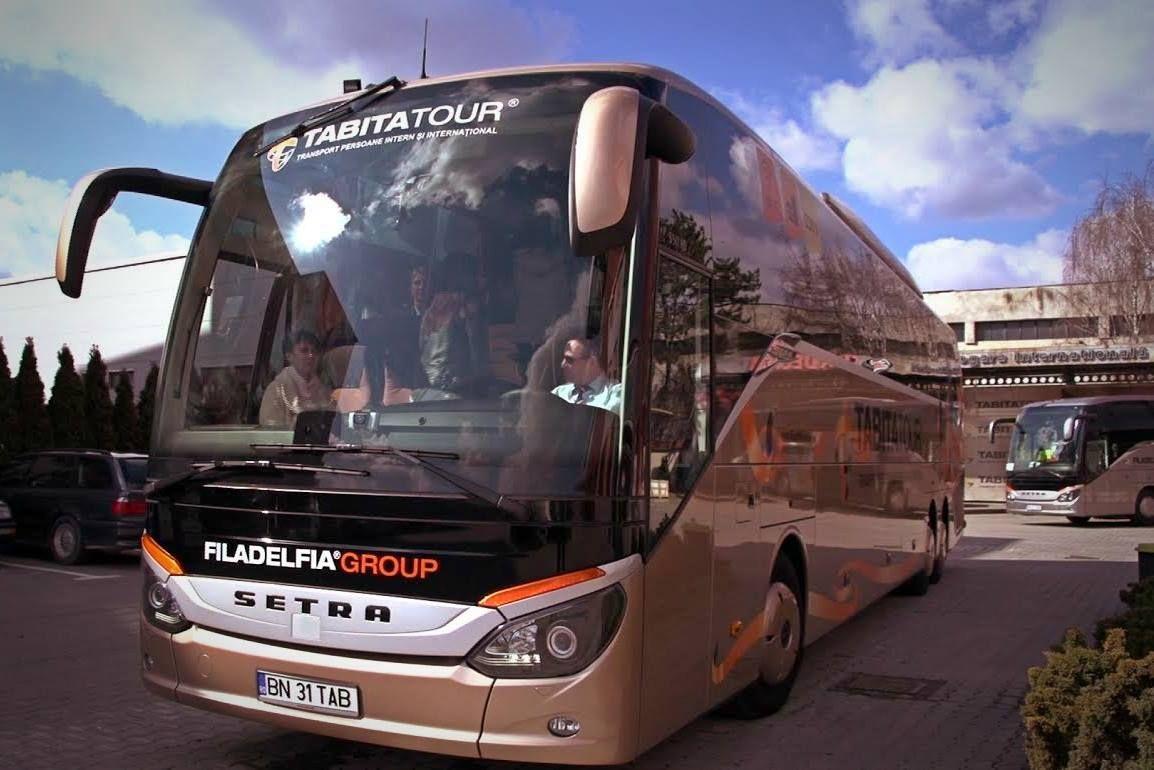 Autobuses. Tabita Tour