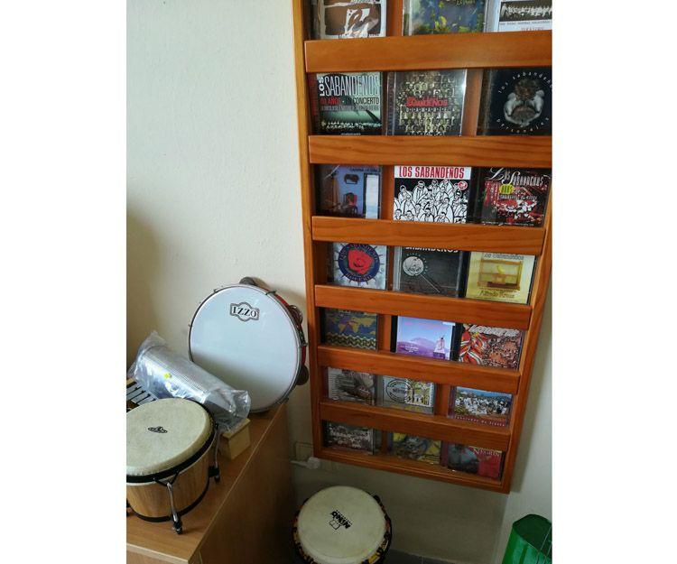 Instrumentos musicales de percusión en Tenerife