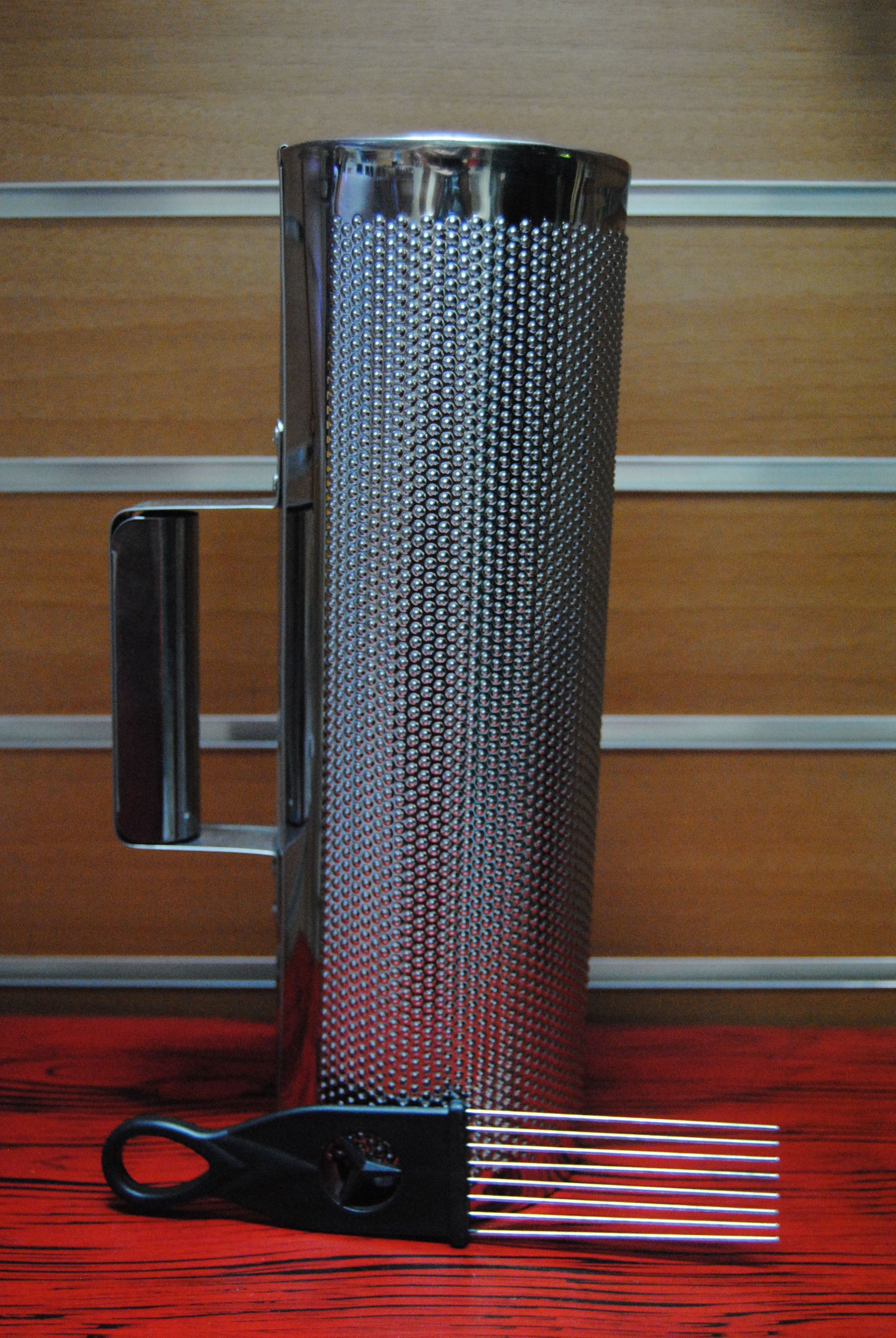 Güira La Clave 31x10 cm. con Rascador: Productos  de La Clave Musical