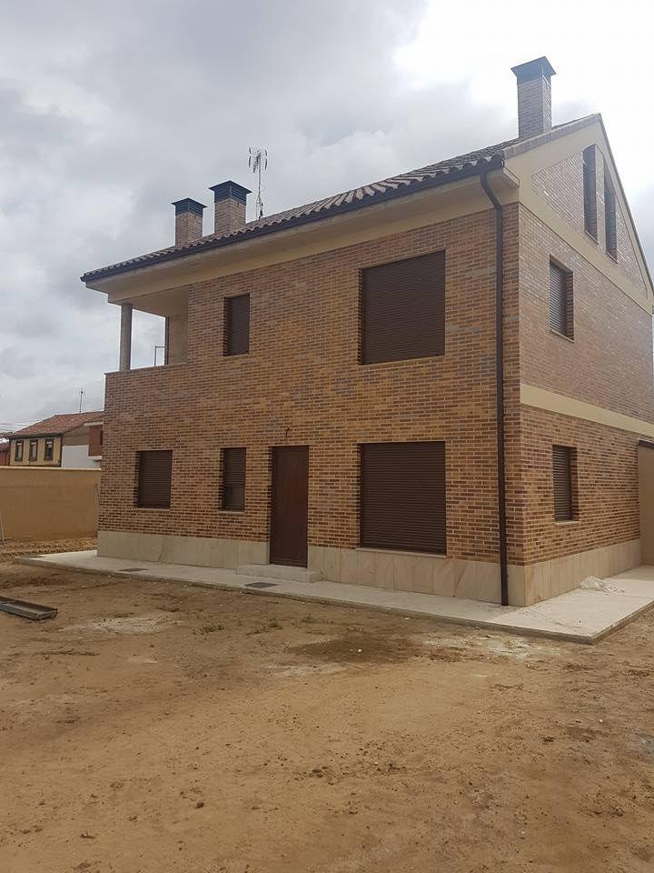Instalación de canalones en casas y edificios, Zamora