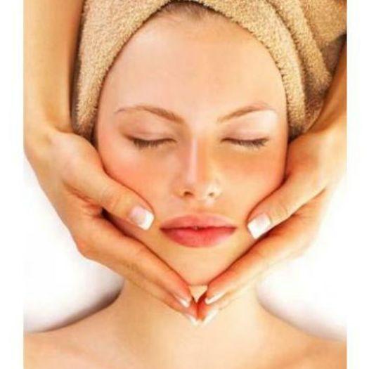 Masaje facial: Tratamientos de Fisioterapia Paradise Center