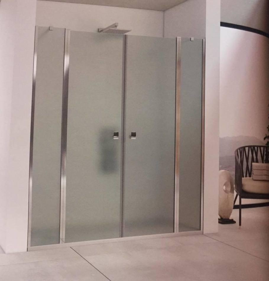 Mamparas con puertas abatibles: Productos y servicios de Depoceramic