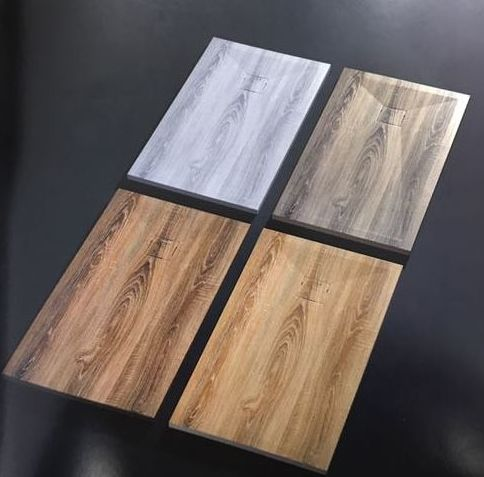 Platos de ducha de imitación a madera