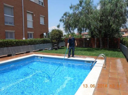Mantenimiento y limpieza de piscinas: Servicios de Llemart Servei, S.L.