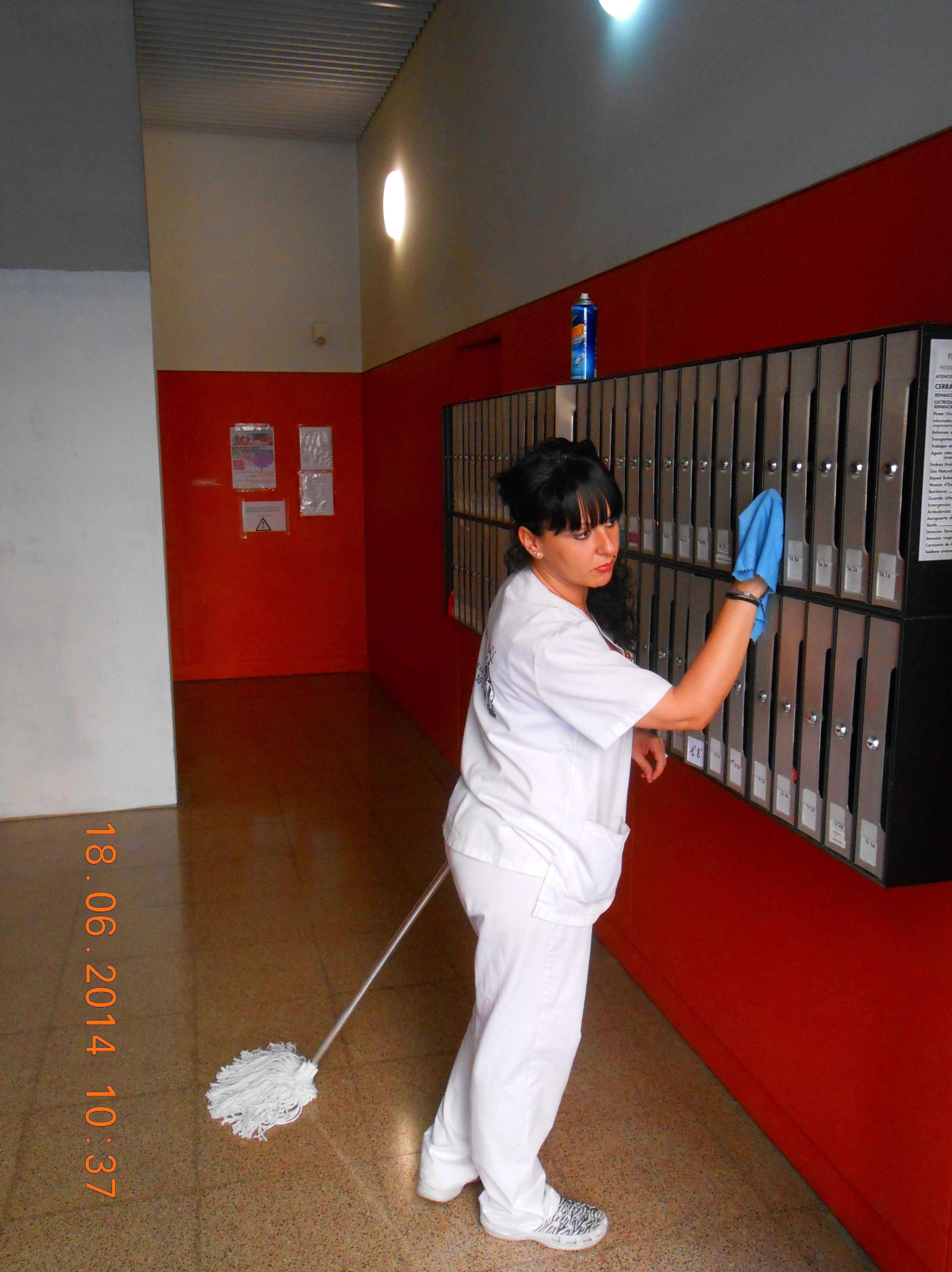 Limpieza De Comunidades Barcelona|llemart Servei