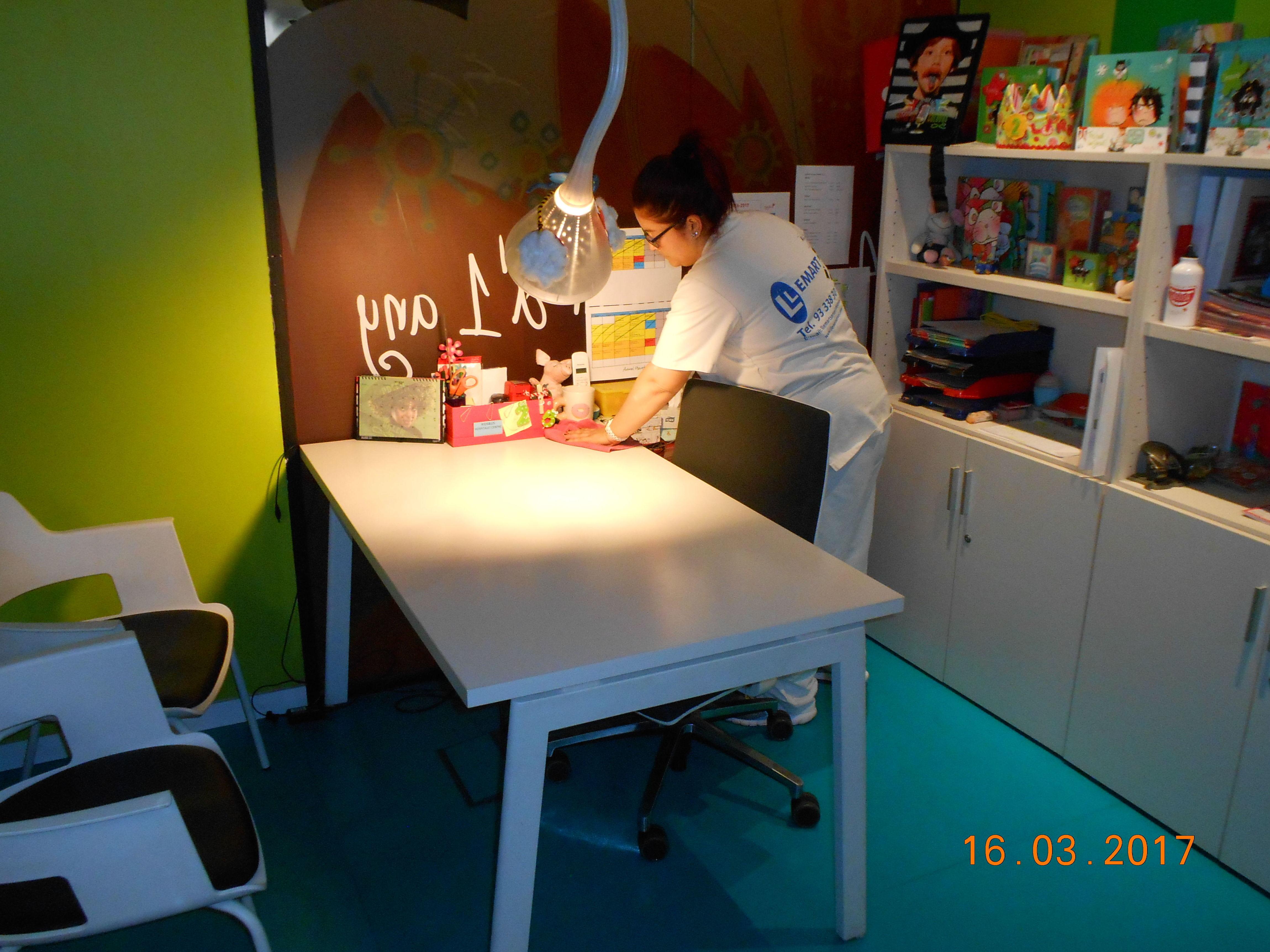 limpieza de oficinas en Hospitalet de llobregat|llemart servei