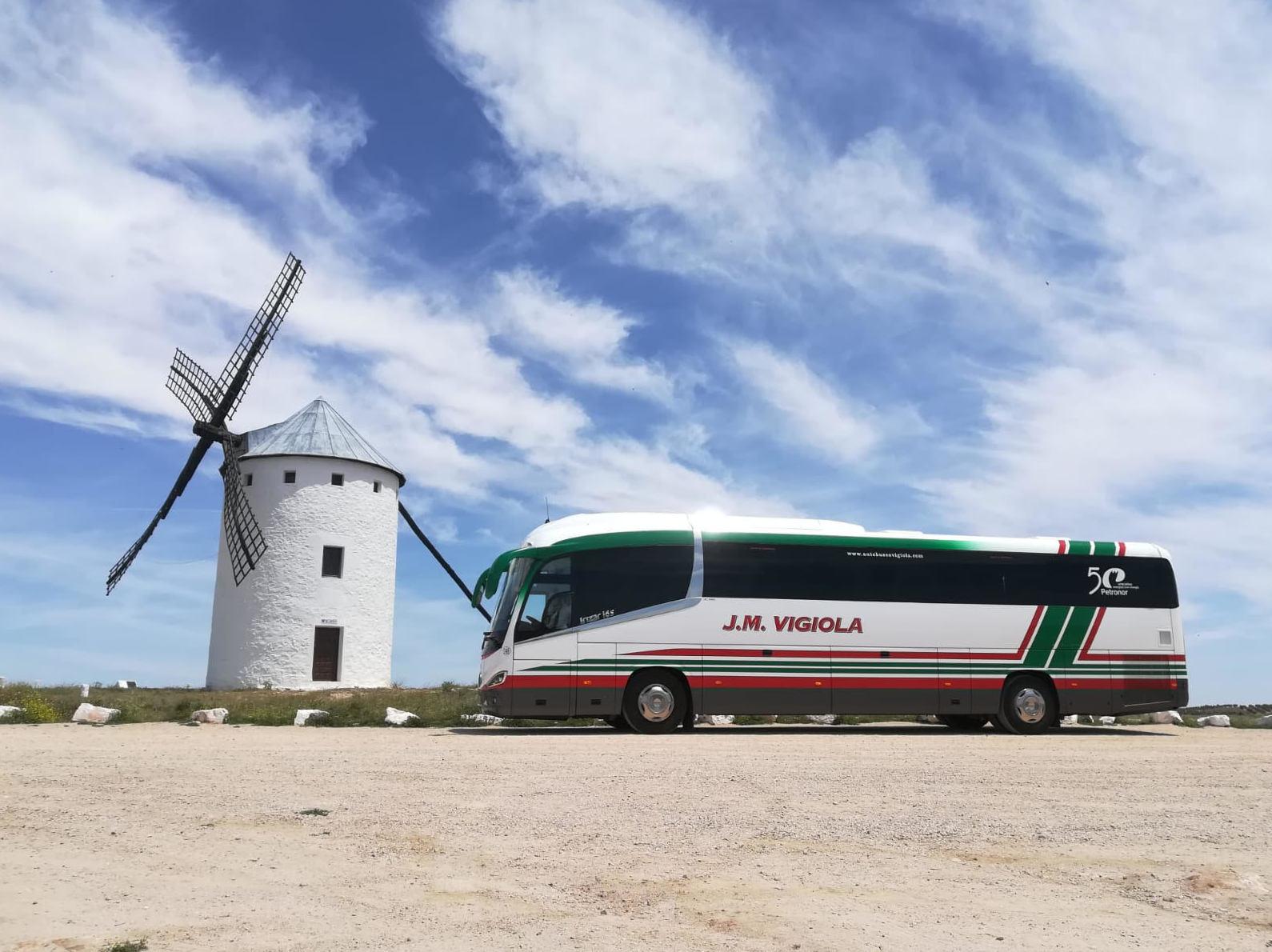 Autobús 59 plazas